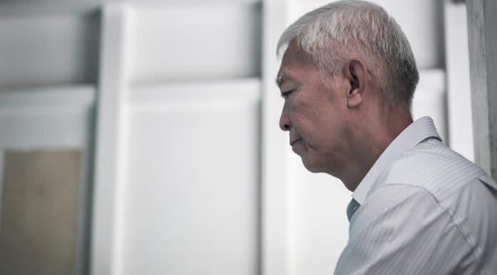 一人患癌 全家受難 香港的父母官能否伸出援手?